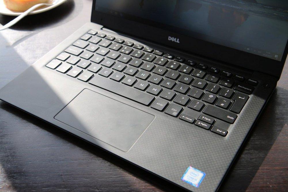 Chi tiết đánh giá laptop dell hot nhất 2020
