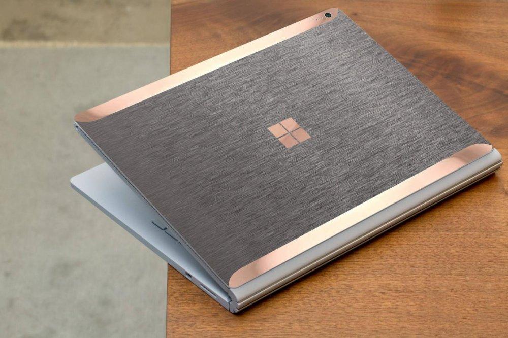 Có nên dán decal laptop? Những lưu ý cần biết trước khi tân trang laptop